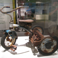 the_van_grasmaaier_tricycle_1__erik_peterson_2008.jpg